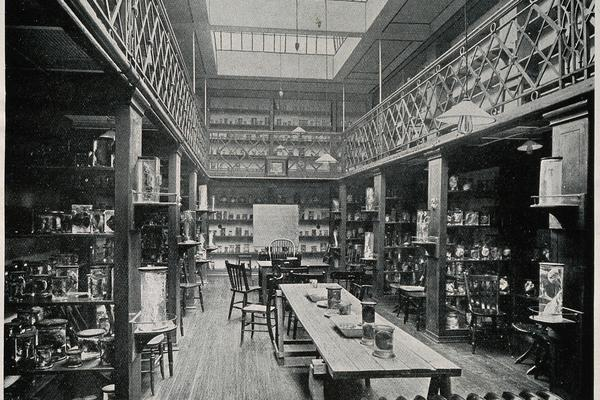 Royal Free Hospital, London: the interior of the museum in the pathological block. Process print, 1913. (Wellcome Collection)